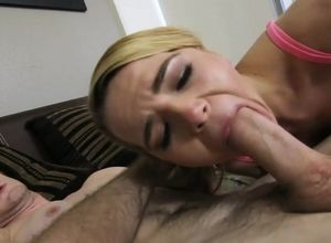 Elite blond virgin gets her crevice..